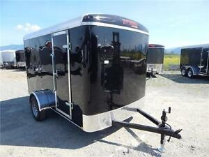 NEW BLACK 6x10 ROUND TOP ENCLOSED CARGO TRAILER WITH REAR RAMP