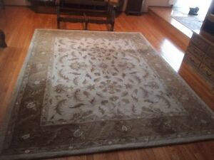 8 x 10 Wool Rug - Recently Steam Cleaned