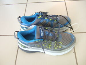 new Hoka one one constant 2 size 9 men running shoes,8678