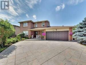 8388 Islington Ave Vaughan Ontario Must see  house!