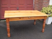 SUPER PINE DINING TABLE.