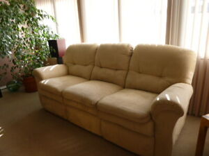 La-Z-Boy full motion couch for sale.  Mint condition.