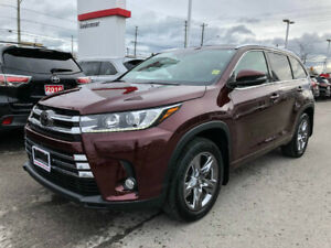 2017 Toyota Highlander LIMITED-PANORAMIC SUNROOF+MORE!