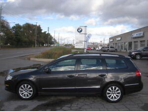 ONE OWNER ! LIKE NEW ! 2010 VW PASSAT WAGON