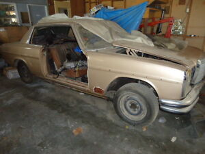 MERCEDES BENZ 250CE COUPE 1970 PARTS FOR SALE ENGINE & GEARBOX Chermside Brisbane North East Preview