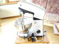 Cookworks Food mixer in excellent condition with cake beater, egg whisk and dough hook attachments