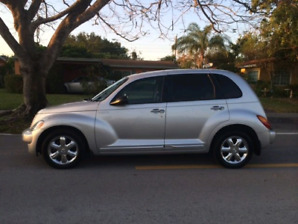 Low KMs! CLEAN Reliable 2004 PT Cruiser 2.4L