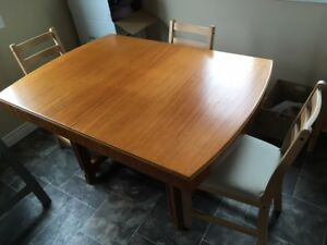 Wood Kitchen Table & Chairs Set