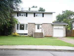Gorgeous Family house for rent in Dollard-Des-Ormeaux