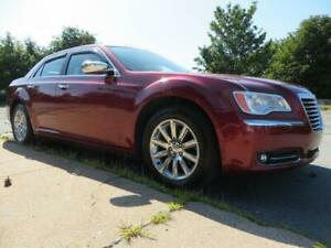 GORGEOUS LIMITED! NAV! PANORAMA!!! 2011 Chrysler 300