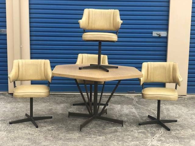 FREE DELIVERY!Retro Kendall style dining table 4 swivel ...