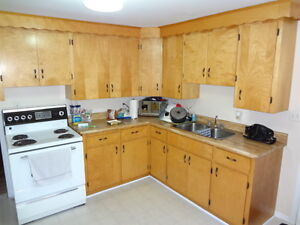 2- 30 Shore St - 3 Bed, Downtown, Month to Month Avail!