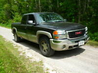 2004 GMC Sierra 1500 Z71 Off Road Pickup Truck