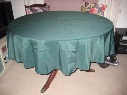 Green Table Cloth Holt Belconnen Area Preview