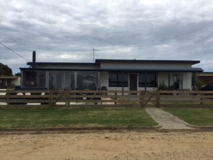 Beach House - Manns Beach - Gippsland Manns Beach Wellington Area Preview