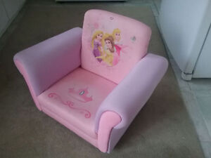 Princess Upholstered Chair. West Island Greater Montréal image 2