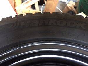 "Hankook 17"" Winter tires & rims"