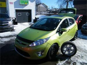 2011 FORD FIESTA SES . CUIR. TOIT OUVRANT. 69 000 KM