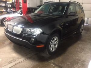2009 BMW X3 AWD/PANORAMIC ROOF/LEATHER/PARKING SENSORS/HITCH!