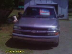 camion silverado     2002