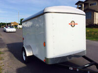 LIKE NEW 5' x 8' 5x8 ft Enclosed Cargo Camping Trailer