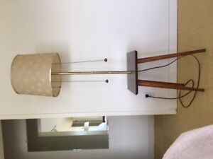 Vintage Mid Century Modern Lamp Table