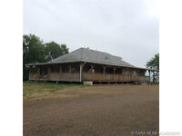 Acreage W/ Shop/Quonset and 2 Residences!