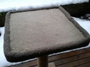 Cat Scratching Post/Table
