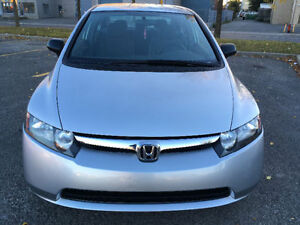 Honda Civic 2007 (69000 km ) only