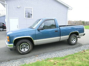 1998 GMC Sierra 1500 Reg cab short box RUST FREE