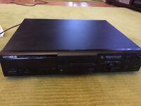 Kenwood stereo mini disc recorder, DMF-3020 with 75 mini discs