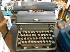 Vintage Typewriters London Ontario image 6