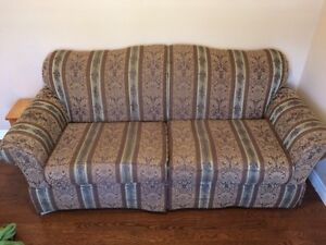 ***2 SOFAS/COUCHESFOR SALE AS SEEN IN PHOTOS - LIKE NEW!****