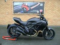 DUCATI DIAVEL DARK - JUST 84 MILES