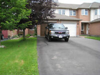 Orleans Town house for rent