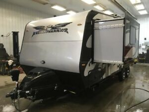 2019 WEEKEND WARRIOR SS1900 TOY HAULER 1/2 TON TOWABLE