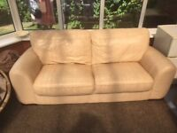 Cream 3 seater leather sofa, 2 matching chairs & footstool
