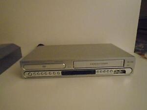 MAGNAVOX DVD / VCR COMBO