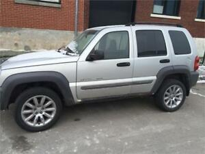 Jeep Liberty 4x4 2003 $995 carte de crédit accept 514-793-0833
