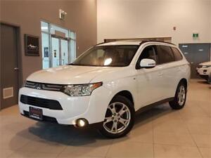 2014 Mitsubishi Outlander GT **LEATHER-ROOF-BACK UP CAMERA-AWD**