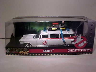 (Ghostbusters 1959 Cadillac Ambulance Ecto-1 Diecast Car 1:24 Jada Toys 8 inch )