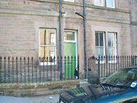 2 bedroom Part furnished ground floor flat to rent on Bruce Street, Morningside, Edinburgh