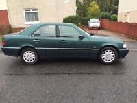 Mercedes Benz C Class Automatic - 9mth MOT £400 ono