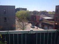3 1/2 avec terrasse privée au 3ème étage - 1er Juillet