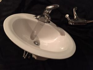 Sink with extra faucet!
