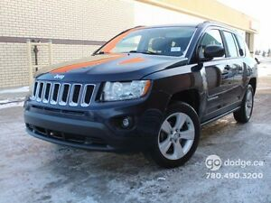 2013 Jeep Compass NORTH/ 4X4/ AUTOMATIC/ LADY OWNED AND DRIVEN