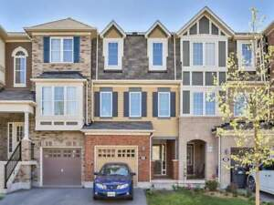 ATTACHED TOWNHOUSE FOR RENT - MOUNT PLEASANT GO - BRAMPTON