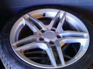 MERCEDES BENZ 17 INCH WHEELS C CLASS 225 45 17 WINTERS LIKE NEW