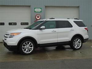 2013 Ford Explorer Limited AWD - ONE OWNER