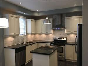 3 Bedroom Upgraded Executive Townhouse Available Immediatly